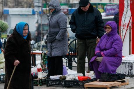 Ukraine cấm hàng trăm công ty xuất nhập khẩu của Nga