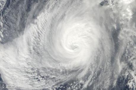 Dự báo thời tiết tháng 10: Miền Trung chịu ảnh hưởng 1-2 cơn bão