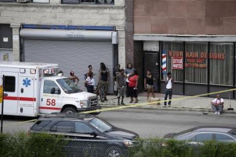 """Mỹ: Gia đình nạn nhân trong vụ xả súng tại Orlando kiện các 'đại gia"""" công nghệ"""