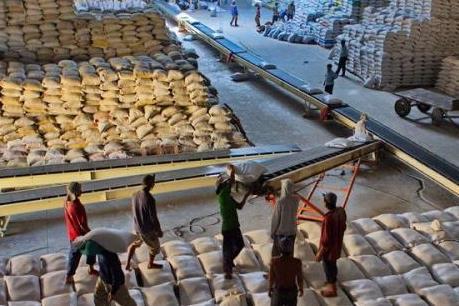 Thái Lan bán 100.000 tấn gạo cho Philippines