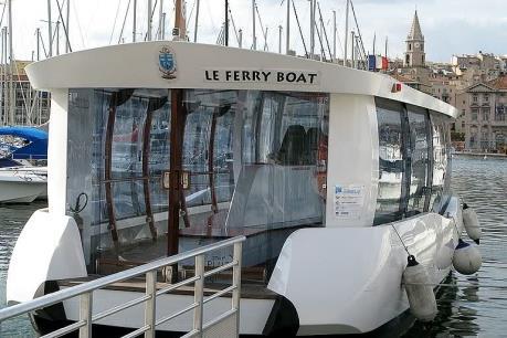 Pháp sơ tán một phà chở khách ở cảng Marseille sau vụ nổ
