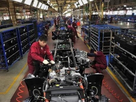 Trung Quốc: Lĩnh vực chế tạo sụt giảm trong tháng Bảy