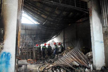 Cháy tại công ty dệt Tp. Hồ Chí Minh