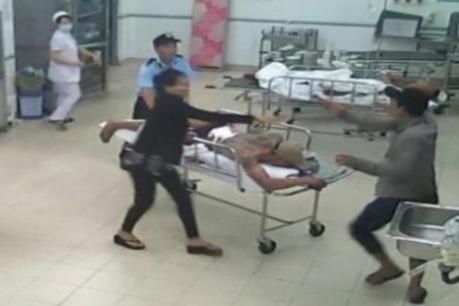 Hà Nội: Điều tra vụ một chiến sỹ công an bị đánh trọng thương dẫn đến tử vong