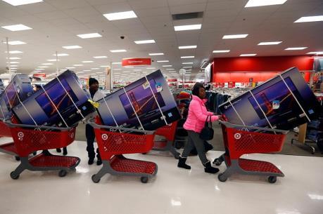 Mỹ: Chi tiêu tiêu dùng tăng cao hơn tiên lượng