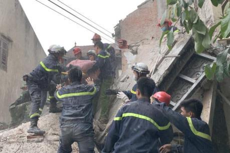 Vụ sập nhà tại phố cổ Hà Nội: Nạn nhân cuối cùng đã tử vong