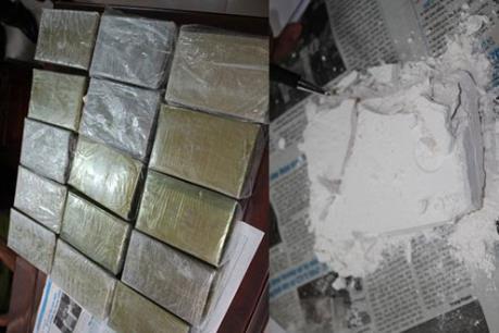 Australia: Bắt giữ 154 kg ma túy nhồi trong gỗ khúc