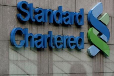 Lợi nhuận của Standard Chartered giảm 66% nửa đầu năm nay