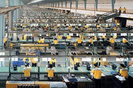 Các nhà máy ở châu Á chưa lấy lại đà đi lên