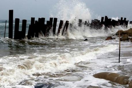 Dự báo thời tiết ngày 6/8: Cảnh báo mưa dông, gió mạnh và sóng lớn trên biển