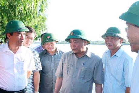 Thủ tướng khảo sát thực tế chương trình xây dựng nông thôn mới tại Thái Bình