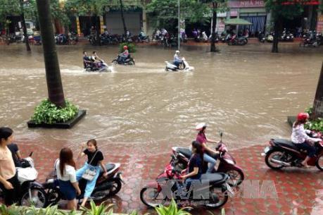 """Chuyên gia nước ngoài """"hiến kế"""" giải quyết tình trạng ngập lụt tại Hà Nội"""