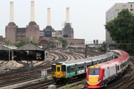 Giao thông đường sắt Anh gián đoạn nghiêm trọng vì đình công