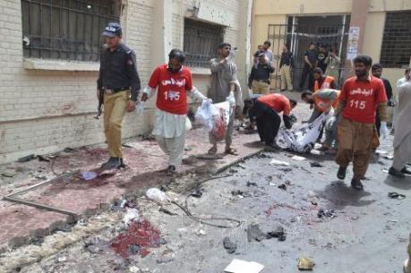 Vụ đánh bom bệnh viện ở Pakistan: Hơn 90 người thiệt mạng
