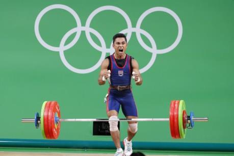 OLYMPIC 2016: Cháu giành huy chương, bà qua đời vì... ăn mừng