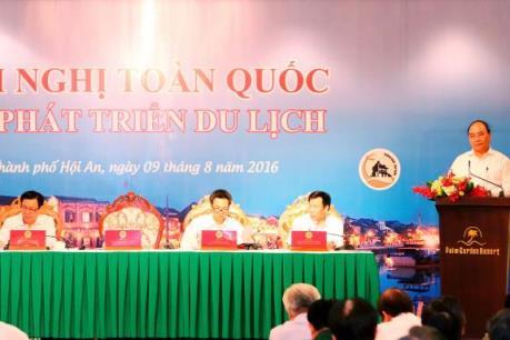 Thủ tướng Nguyễn Xuân Phúc: Quyết tâm đưa du lịch trở thành ngành kinh tế mũi nhọn