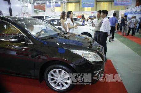 Doanh số bán hàng của thị trường ô tô tăng 15%