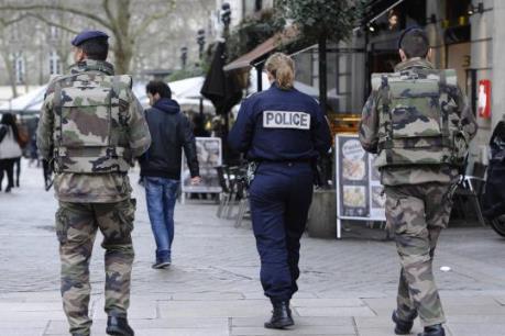 """Đa số người Pháp đánh giá cuộc chiến chống khủng bố """"không hiệu quả"""""""