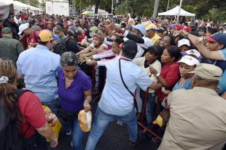 Venezuela đứng đầu danh sách 74 nền kinh tế khốn khó nhất thế giới