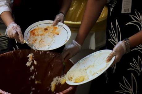 Người Italy phung phí 13 tỷ euro đồ ăn mỗi năm