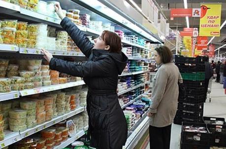 Nga gia hạn lệnh tiêu hủy hàng nhập khẩu trái phép đến hết năm 2017