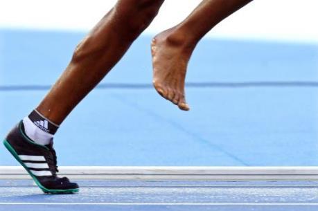 OLYMPIC 2016: VĐV Ethiopia chạy với 1 chân không giày
