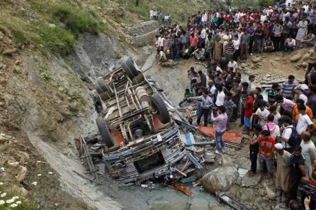 Pakistan: Hơn 70 người thương vong do tai nạn xe bus