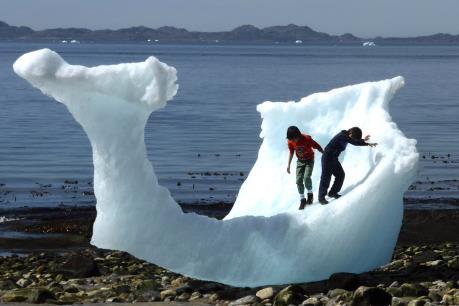 Bắc Cực có nguy cơ tan hết băng phủ ngay trong năm 2016