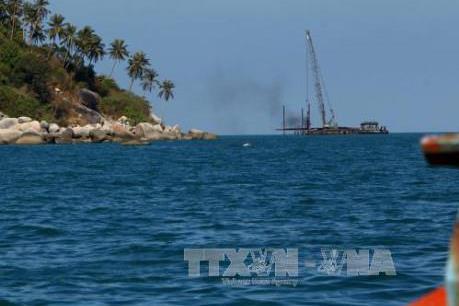 Cấp thiết cung ứng điện cho xã đảo Kiên Giang