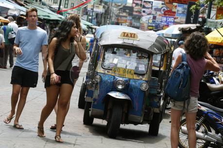 Tình trạng bạo lực khiến du lịch Thái Lan mất khoảng 293 triệu USD