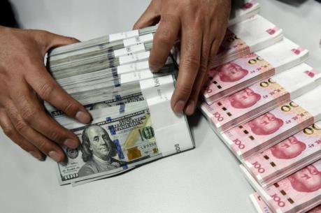 Vốn chảy ra ngoài, dự trữ ngoại tệ của Trung Quốc giảm