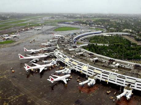 Ngành hàng không đối mặt nguy cơ gián đoạn hoạt động