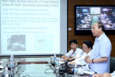 Thủ tướng Nguyễn Xuân Phúc: Dừng các cuộc họp để tập trung chỉ đạo ứng phó với bão số 3
