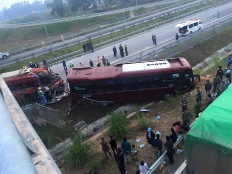 Tai nạn giao thông ở Yên Bái làm 2 người tử vong