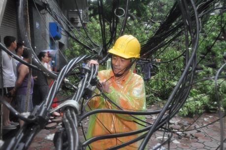 EVN Hà Nội ứng phó nhanh với cơn bão số 3
