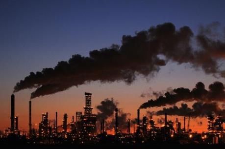 Bất ổn chính trị gây tổn thất lớn cho ngành dầu mỏ Nigeria