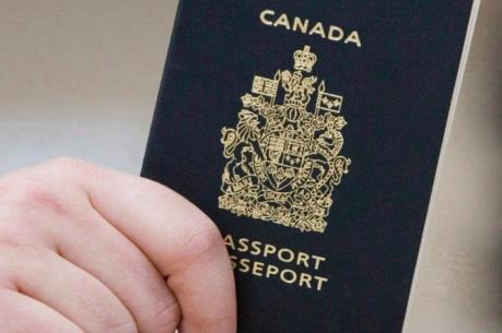 Canada áp dụng quy định hàng không mới cho công dân hai quốc tịch