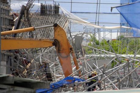 Bình Định: Sập giàn giáo, 1 người tử vong, 7 người bị thương