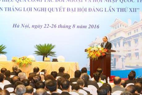 Thủ tướng: Đẩy mạnh hội nhập quốc tế vẫn là trọng tâm của ngành ngoại giao