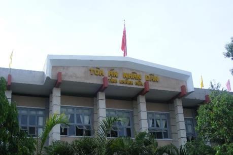 """Khánh Hòa: Xét xử hai bị cáo về tội """"Tuyên truyền chống Nhà nước CHXHCN Việt Nam"""""""