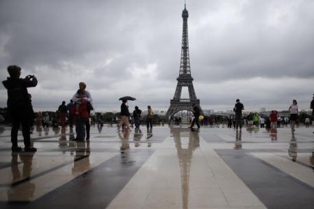 Du lịch Paris thiệt hại 750 triệu euro
