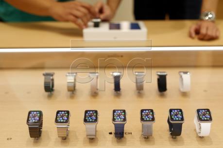 Doanh số bán đồng hồ thông minh toàn cầu quý II giảm 32%