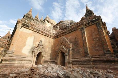 Hàng trăm ngôi đền tại Myanmar đã bị phá hủy sau trận động đất