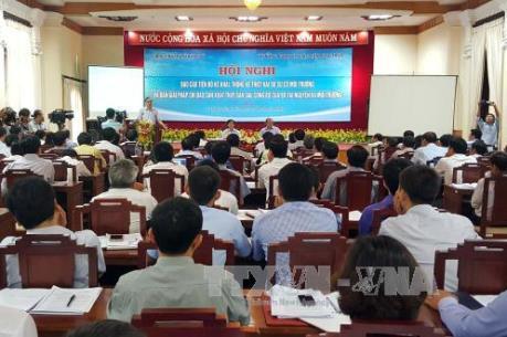 Thảo luận 4 phương án khai thác hải sản ở khu vực miền Trung