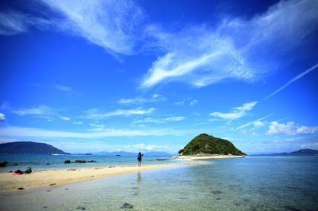 Vẻ đẹp hoang sơ và thanh bình của quần đảo Điệp Sơn - Khánh Hòa