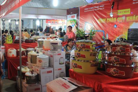 Khai mạc Hội chợ triển lãm Nông nghiệp - Thương mại khu vực Đông Bắc