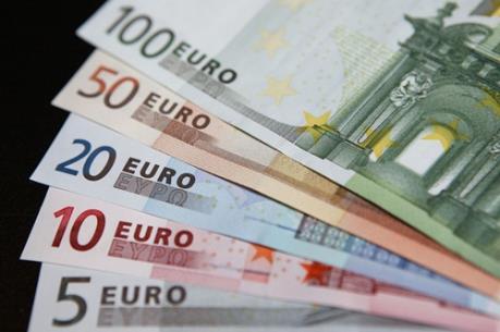"""Đồng euro đang """"âm thầm"""" mạnh lên"""