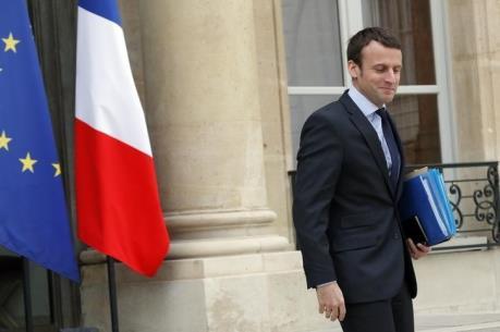 Bộ trưởng Kinh tế Pháp từ chức