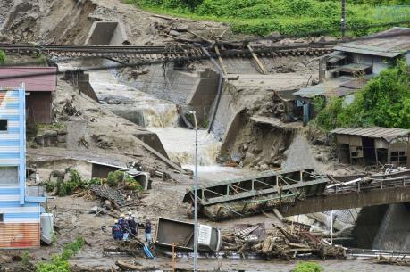 Bão mạnh ở miền Bắc Nhật Bản, 10 người thiệt mạng
