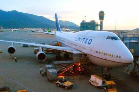 Máy bay của hãng United Airlines phải hạ cách khẩn cấp xuống sân bay Ireland